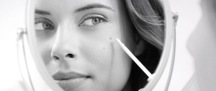 Eucerin White Therapy Clinical Spot Corrector 5ml - Kem chấm giảm đốm nâu, tàn nhang lý tưởng dành cho da thường, da khô và da nhạy cảm-hibeauty