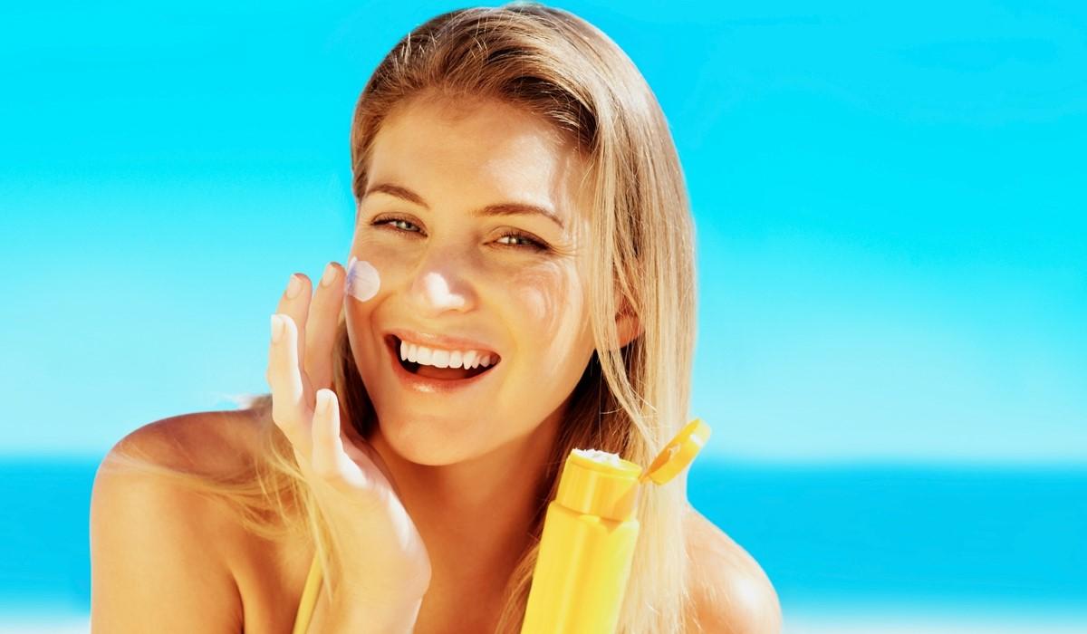 Gel chống nắng Heliocare gel SPF50 50ml thích hợp cho da nhờn, nhạy cảm – Tây Ban Nha-hibeauty